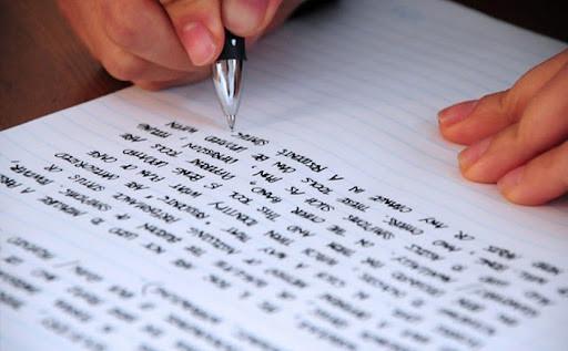 3 cách sử dụng cụm từ nối trong essay